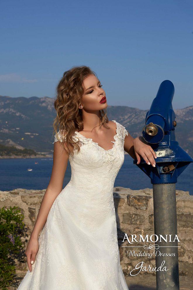 Свадебное платье А-силуэта Garuda