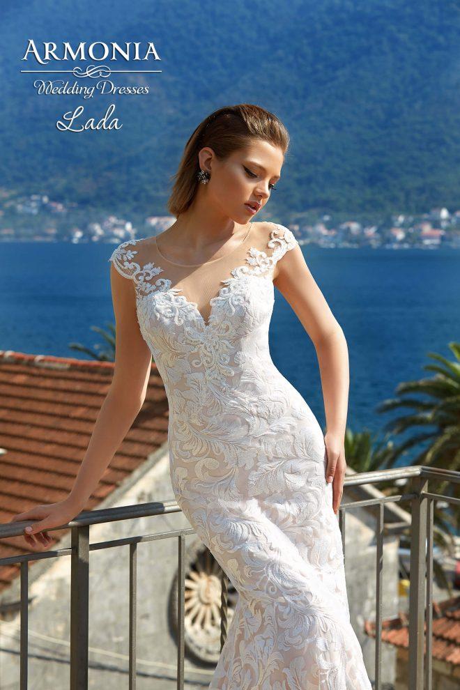 Cвадебное платье силуэта годе Lada