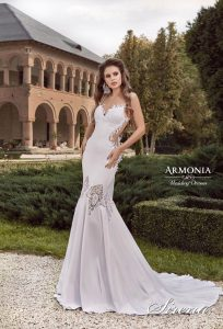 Свадебном платье Sirena Armonia