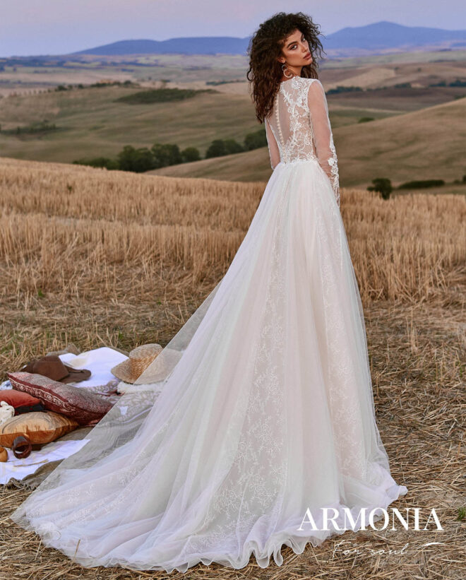 Весільна сукня Way